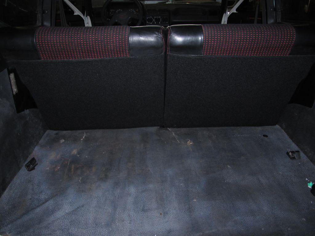 [73] 205 GTI 1L9 - 122cv - AM93 - Blanc Banquise - Page 3 Img_7815
