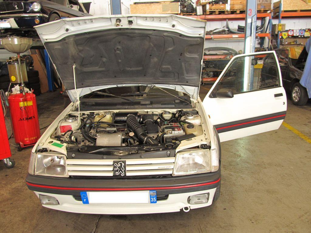 [73] 205 GTI 1L9 - 122cv - AM93 - Blanc Banquise - Page 4 Img_9518