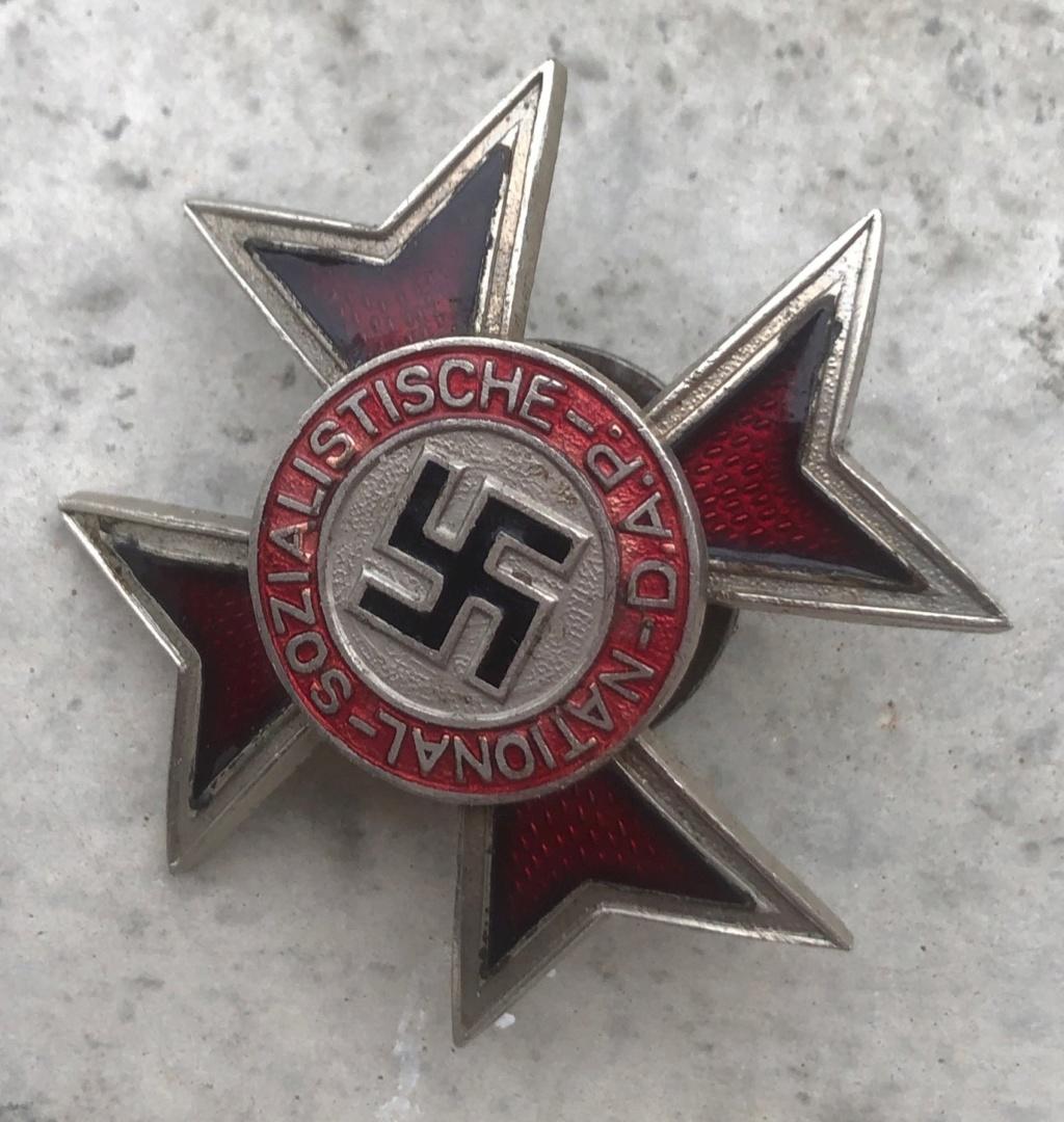 Insignes allemands faux ou non ?  Img_2081