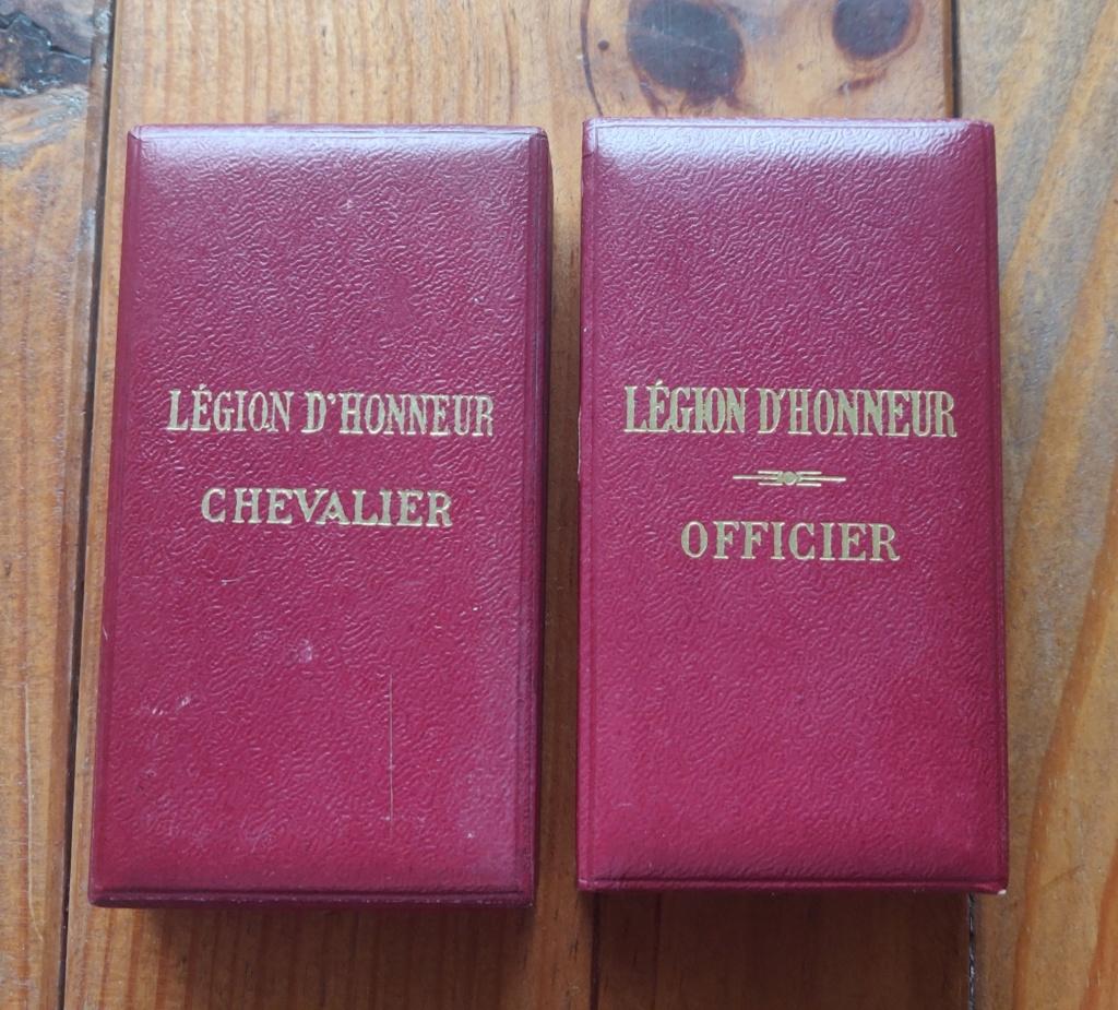 Deux légions d'honneur et une commandeur 4 ème rép ?  Img_2089