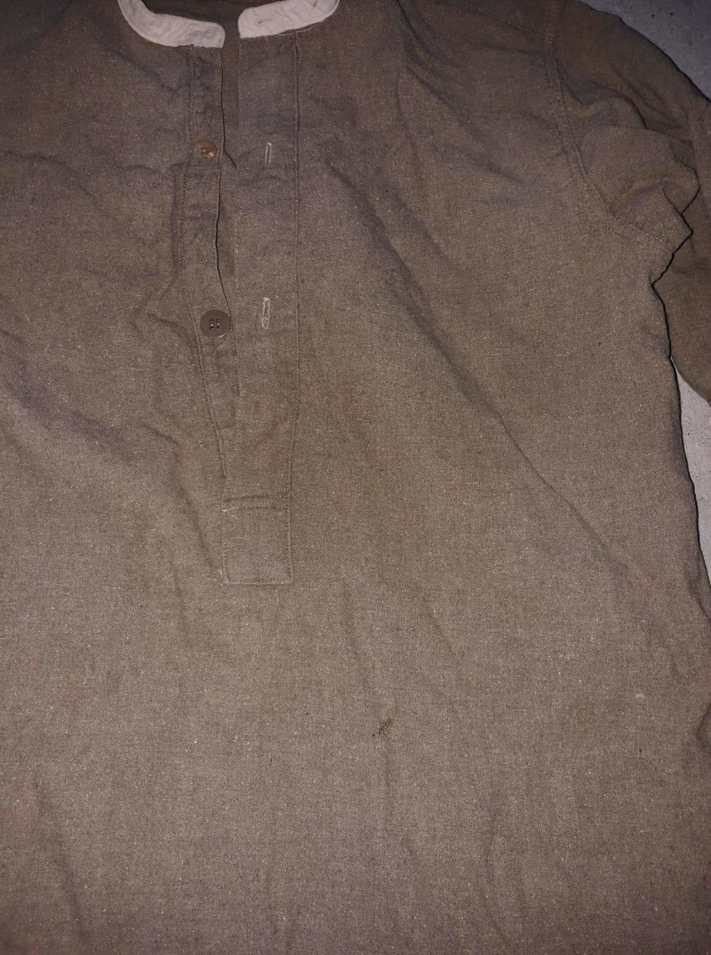 Chemise troupe anglaise seconde guerre ? Receiv25