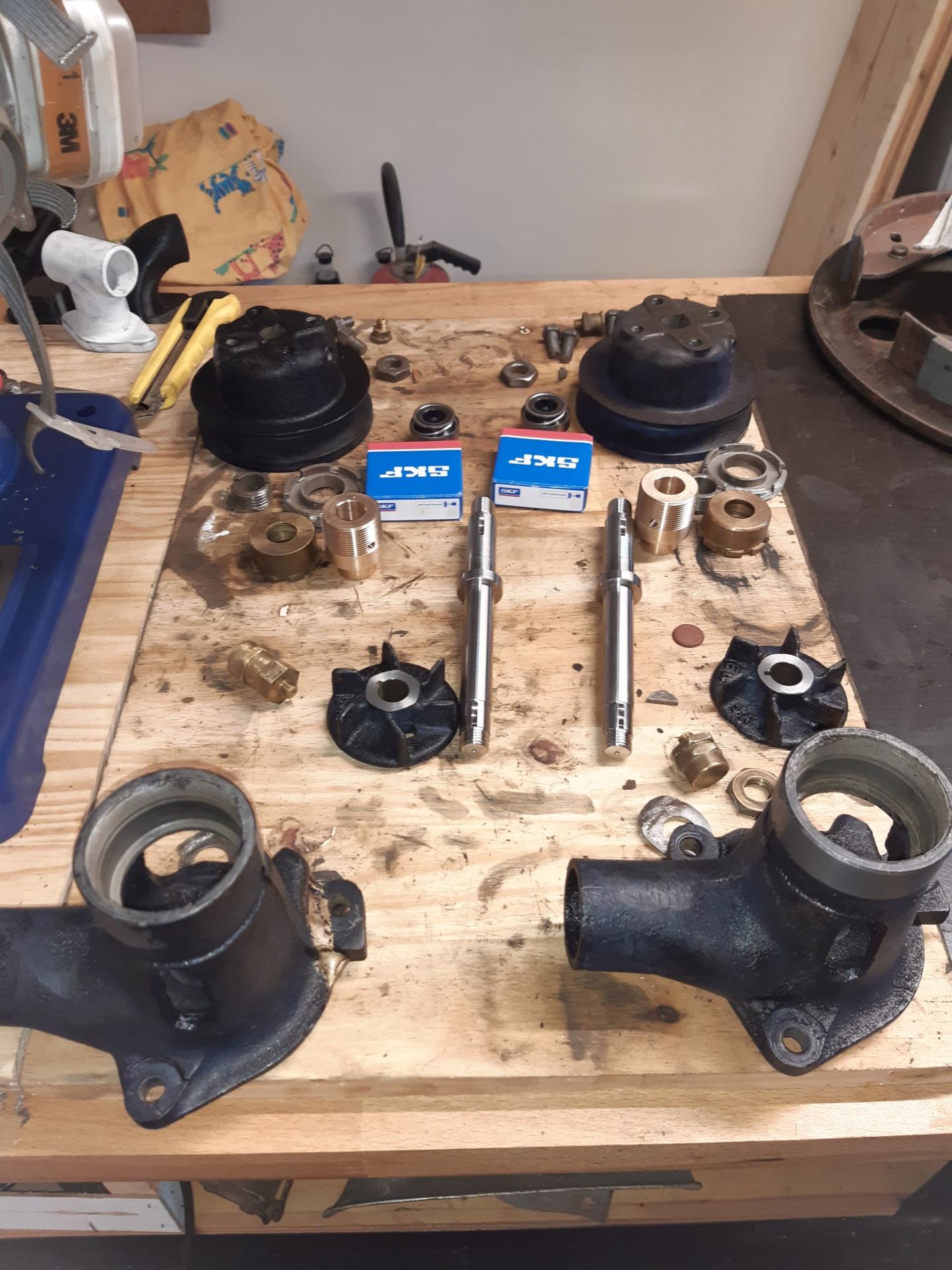 Pompe à eau C6F modifiée 20200310