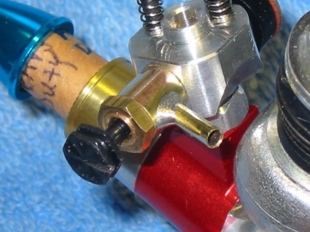 Home Made Cox Tee Dee .051 Carb. Fuel Nipple 002_ni10