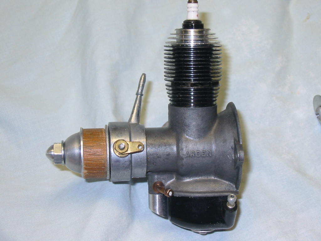 Friend gave me Two Spark Ignition Engines -- Converted 02_ard10