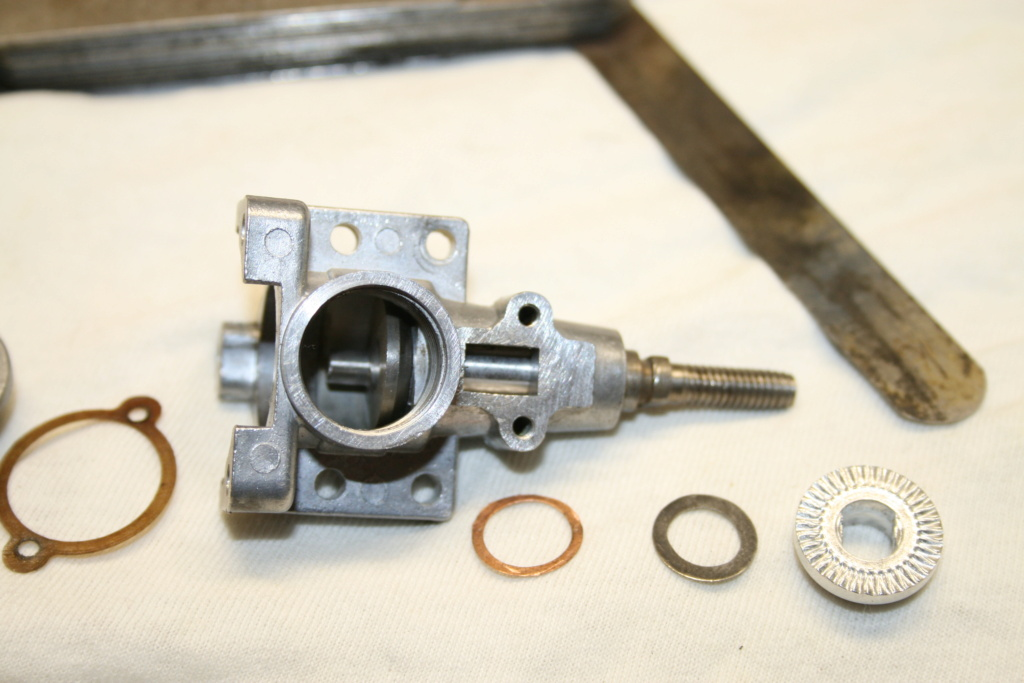 Enya 06 11 Stunter glow engine crank/prop nut help. 02_par10