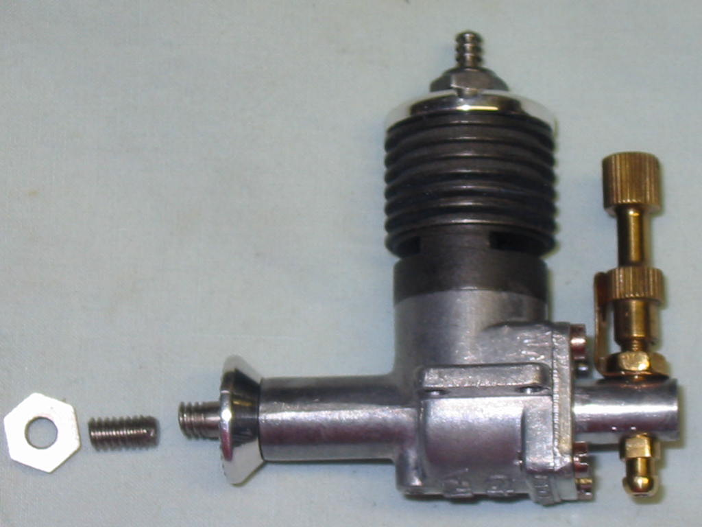 Small Enya engine 049 with a broken crank shaft? 049_cr10