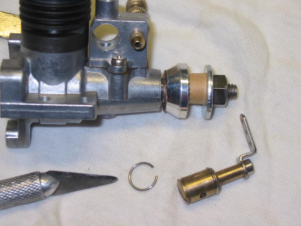 Enya 06 11 Stunter glow engine crank/prop nut help. 07_t_v10