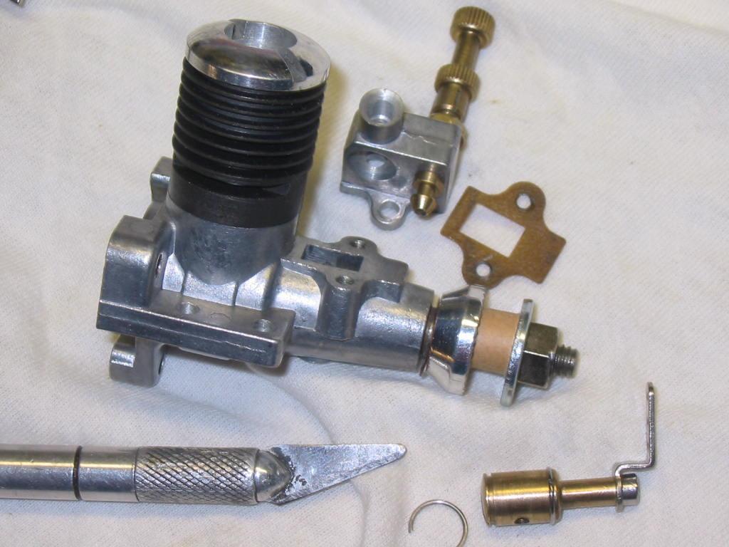Enya 06 11 Stunter glow engine crank/prop nut help. 08_t_v10