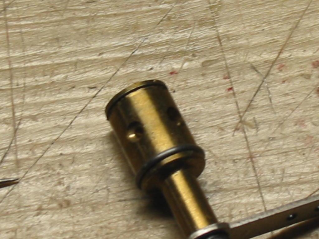 Enya 06 11 Stunter glow engine crank/prop nut help. 10_car11