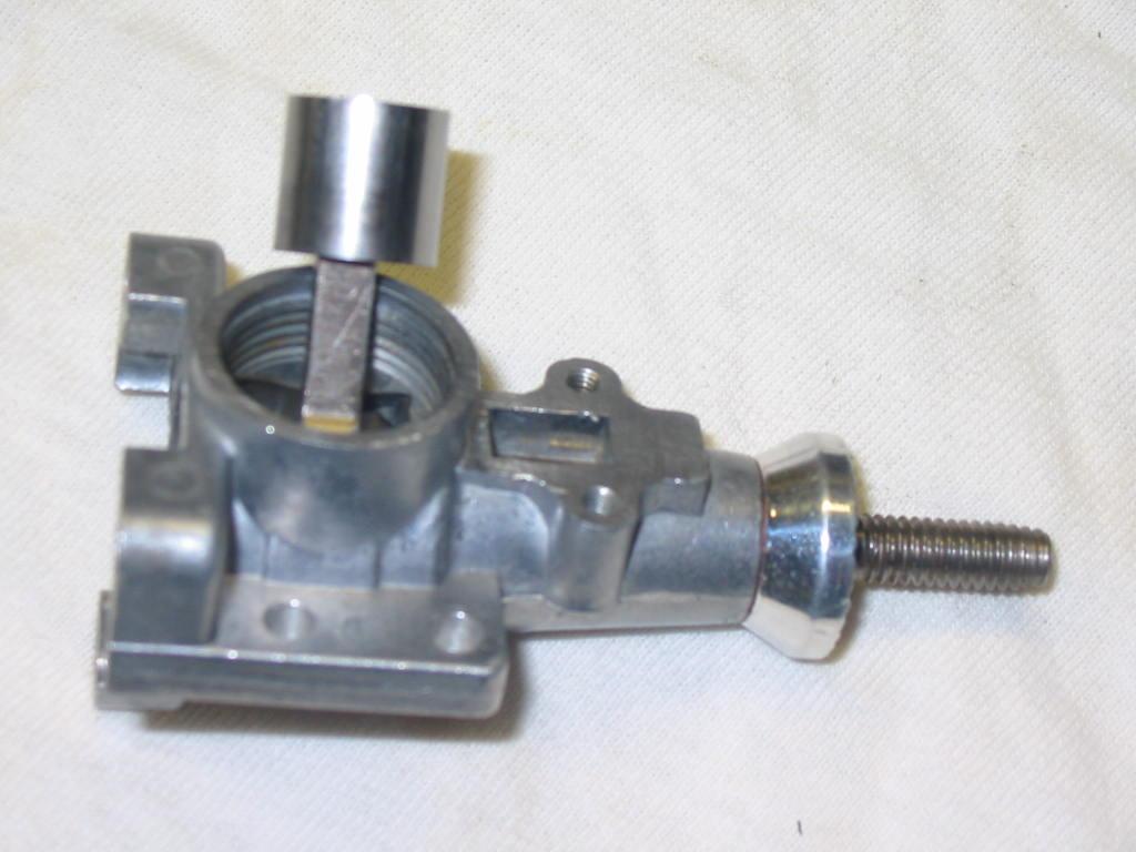 Enya 06 11 Stunter glow engine crank/prop nut help. 22_pis10