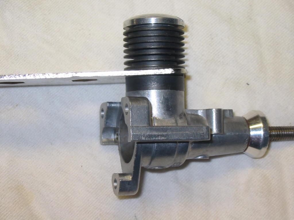 Enya 06 11 Stunter glow engine crank/prop nut help. 23_cyl10