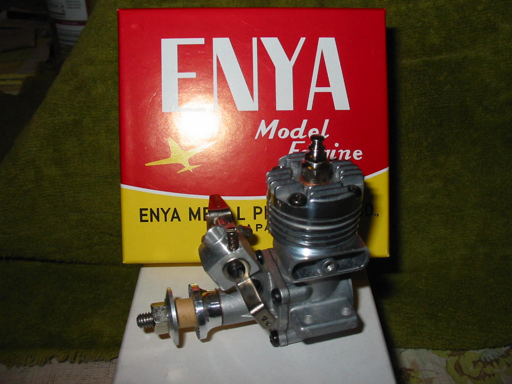 Traded Enya .09-III for this Cox engine --- Queen Bee .07 Comple10