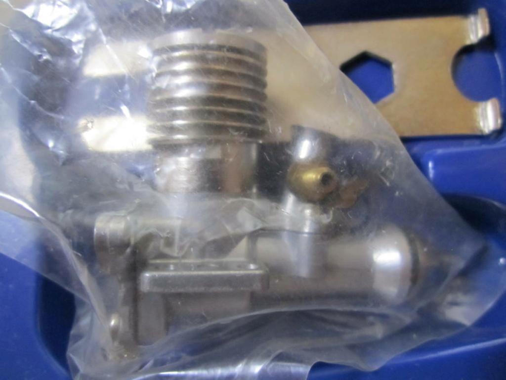 ENYA 049, 06 engine Enya_023