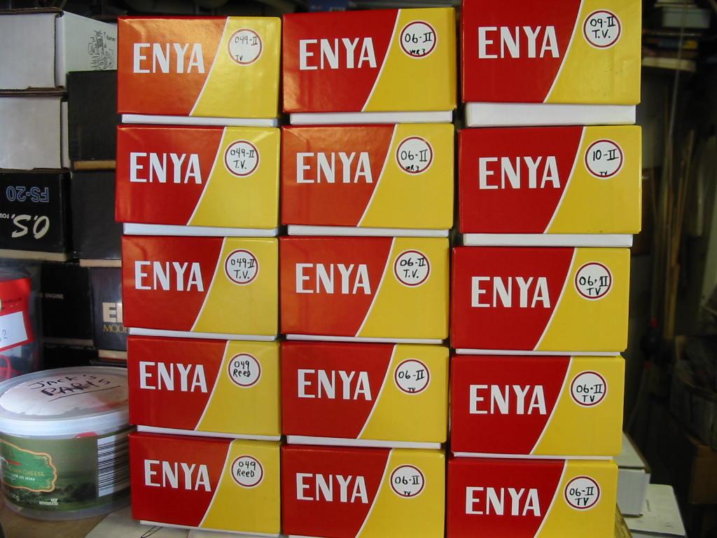 """Refurbishing Enya 049 / 06 / and """"one"""" .10 engines from """"junk"""" status Enya_066"""