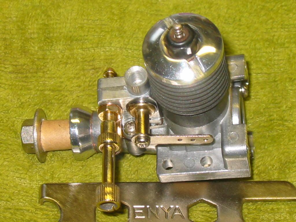 Sanwa Cox Engines .051 Enya_135