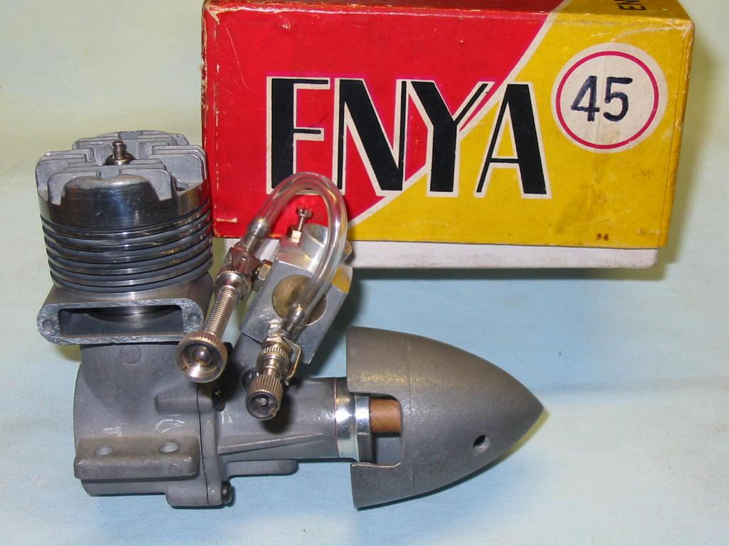 Enya of the Month (45 TV Model 600I) Enya_417