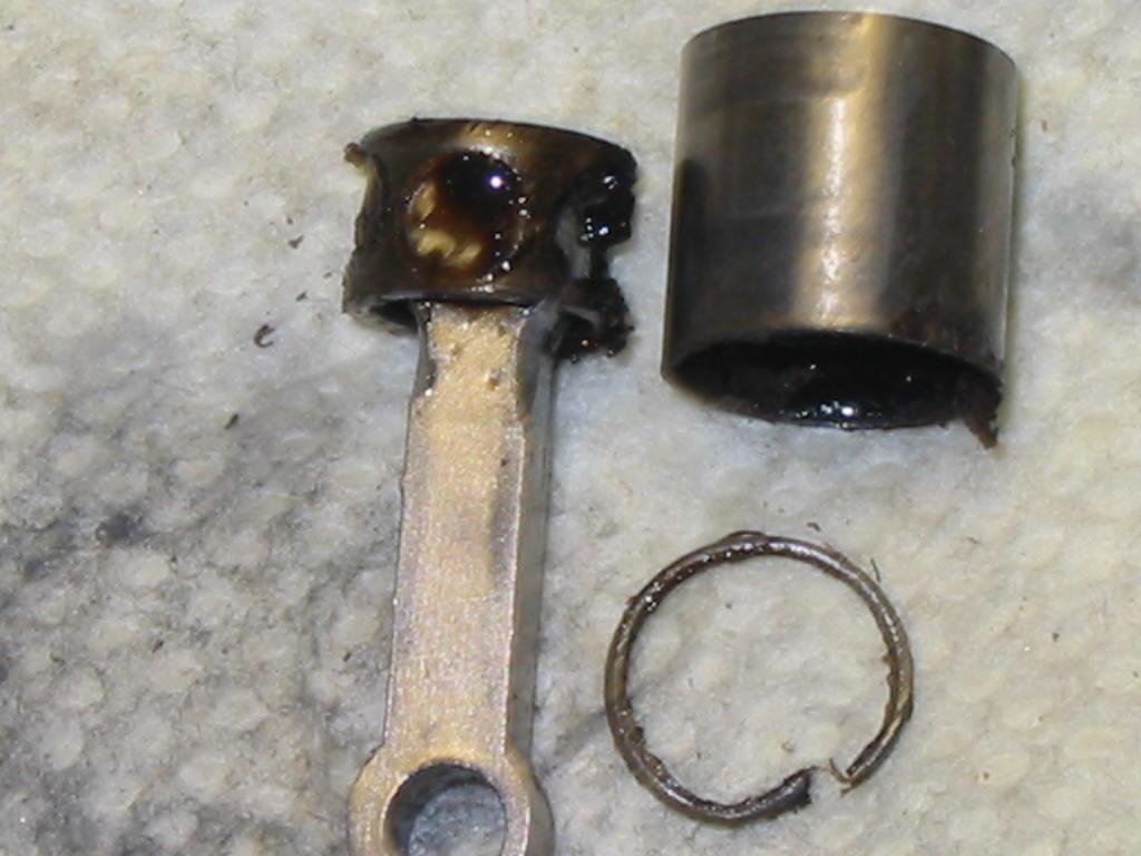 Enya 06 11 Stunter glow engine crank/prop nut help. Enya_418