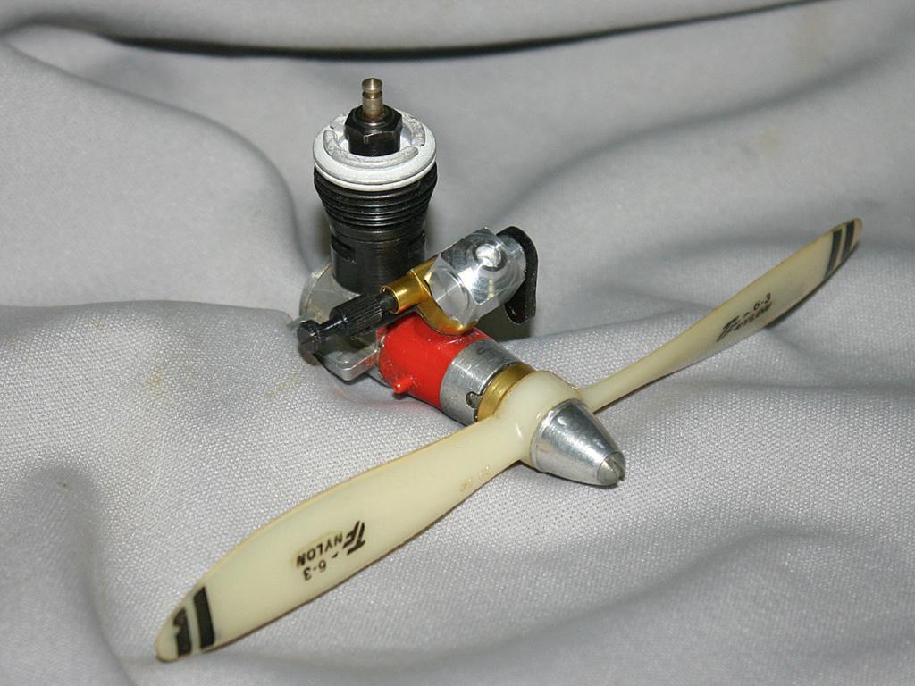 RC Carburetor for Cox Pee Wee .020 / .049 / Tee Dee .010 - .020 - .049/.050/.051 Tee_de15