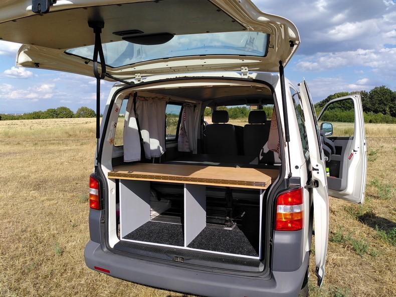 T5 type minibus (combi) avec aménagement amovible 5510