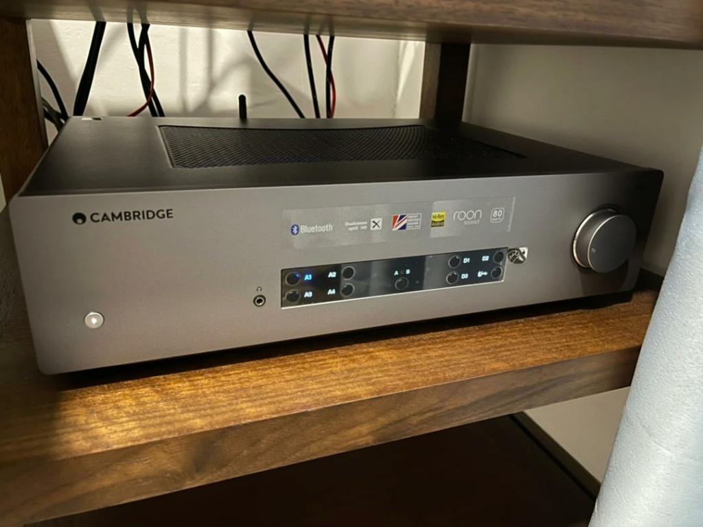 Cambridge Audio CXA81 + B & W 606 s2 Whatsa21