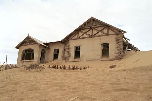 DI13: Village fantôme de Kolmanskop, Namibie (trouvé) No10