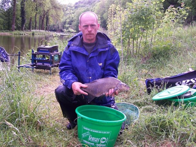 Partie de pêche sur canal de la Marne à la Saône (Riaucourt) Peche_11