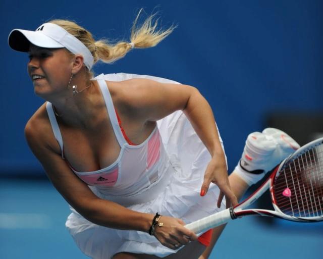 Caroline Wozniacki - 3 - Page 44 Caro112