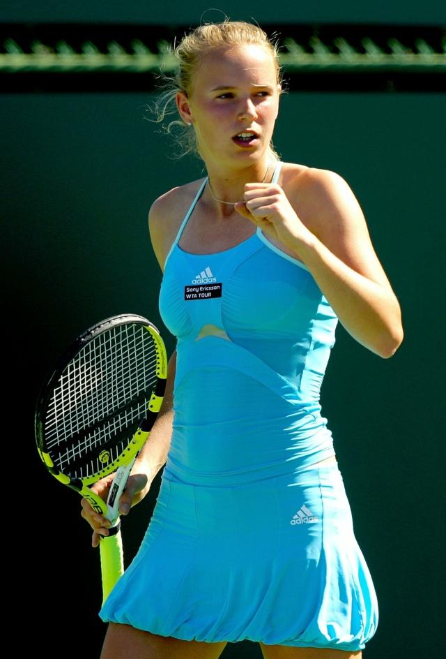 Caroline Wozniacki - 3 - Page 44 Caro113