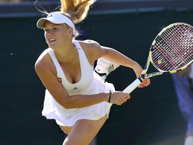 Caroline Wozniacki - 3 - Page 46 Caro115