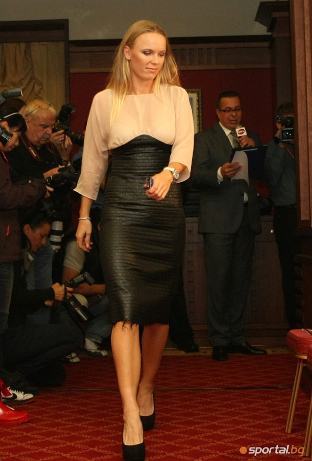 Caroline Wozniacki - 3 - Page 46 Caro15