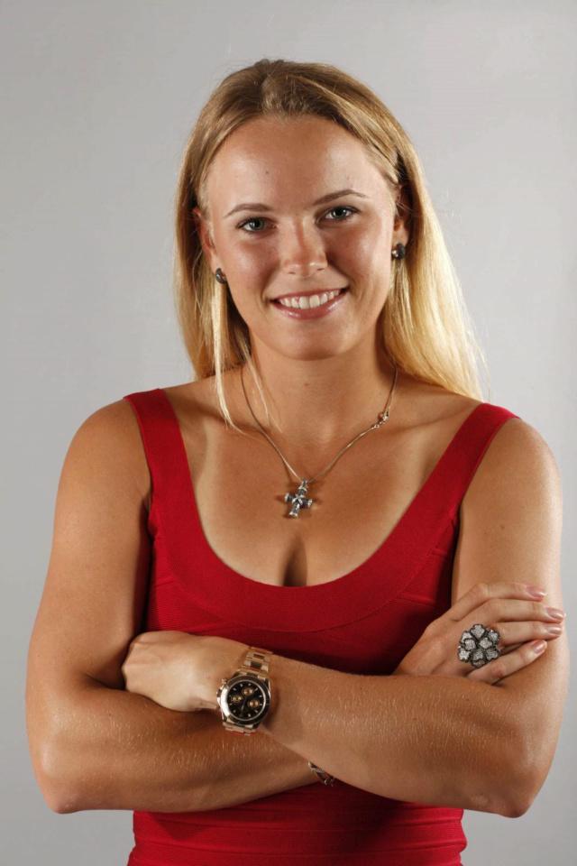 Caroline Wozniacki - 3 - Page 44 Caro410