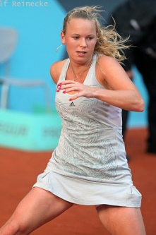 Caroline Wozniacki - 3 - Page 47 Carol164