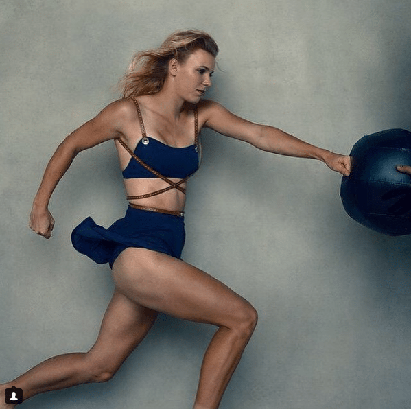 Caroline Wozniacki - 3 - Page 46 Caroli12
