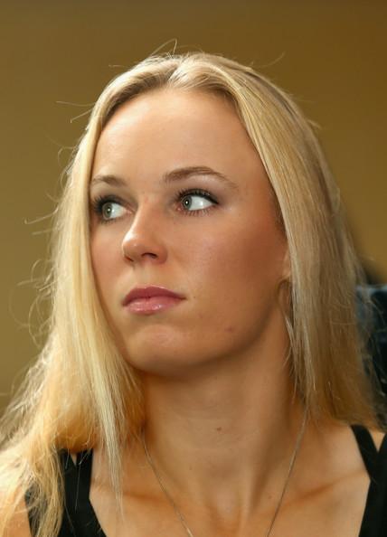 Caroline Wozniacki - 3 - Page 29 Caroli54