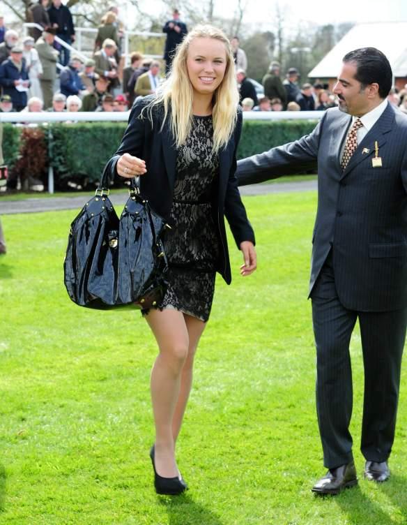 Caroline Wozniacki - 3 - Page 44 Caroli84