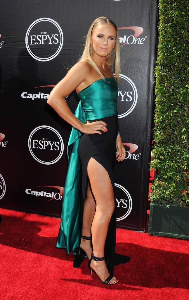 Caroline Wozniacki - 3 - Page 44 Caroli98