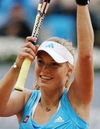 Caroline Wozniacki - 3 - Page 46 Carow510