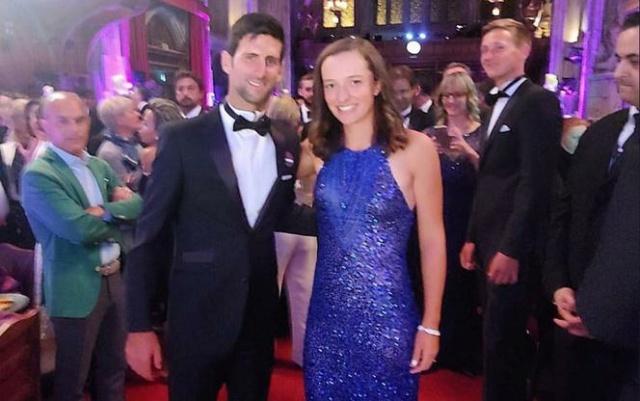 Novak Djokovic - 7 - Page 10 Gf-ueh10