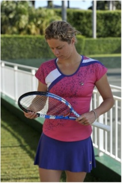 KIM CLIJSTERS - VIDEOS ET/OU BIO - 2 - Page 45 Kc-fil10
