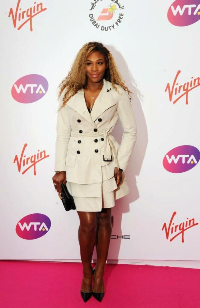 Venus & Serena Williams - 3 - Page 49 Sere_p10