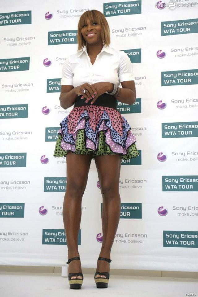 Venus & Serena Williams - 3 - Page 49 Seren107