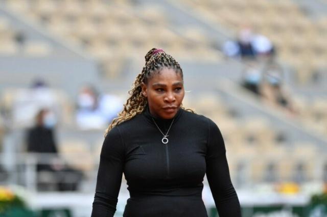 Venus & Serena Williams - 3 - Page 50 Seren115