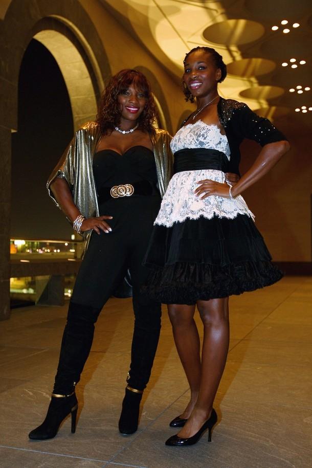 Venus & Serena Williams - 3 - Page 50 Seren116