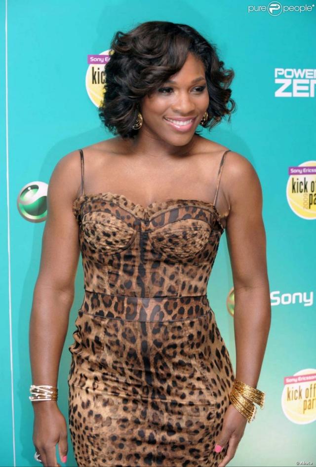 Venus & Serena Williams - 3 - Page 50 Seren121