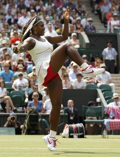 Venus & Serena Williams - 3 - Page 50 Seren122