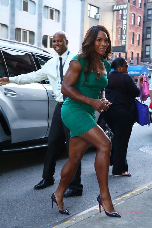 Venus & Serena Williams - 3 - Page 49 Serena11