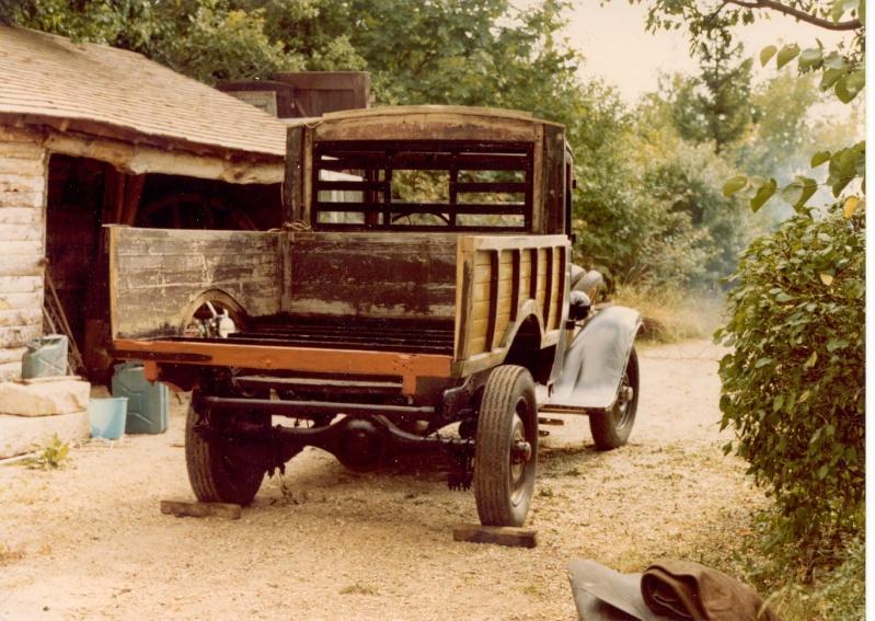Plateaux bois pour vieux camions Camion10