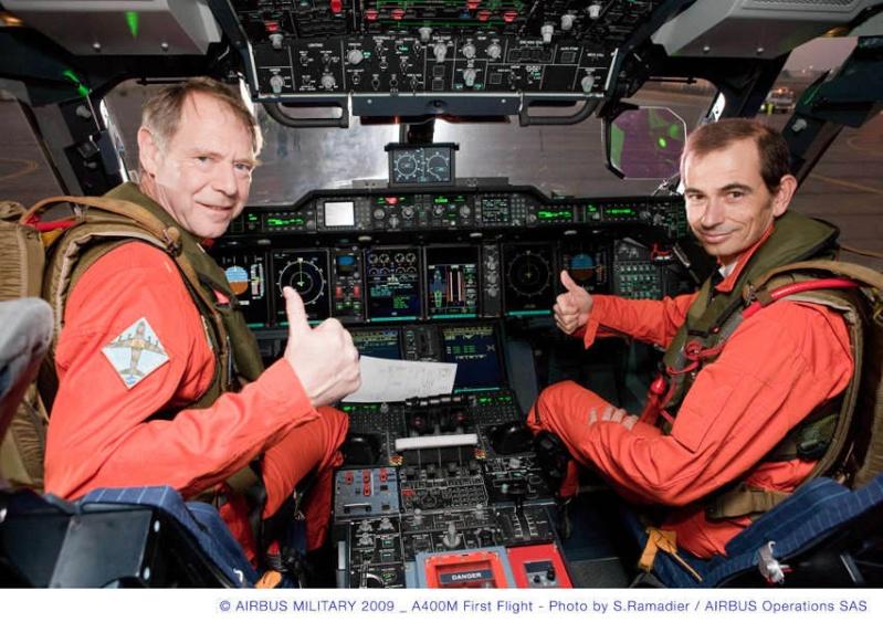 L'A400M fait son premier vol à Séville, il a volé plus de 3 heures...! Briefi13