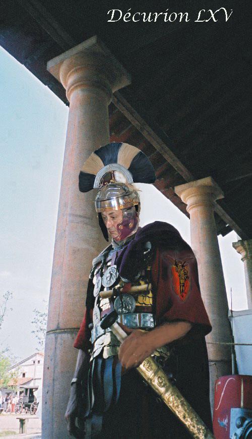 Les Centurions du 9: l'insigne du 9 RCP, déja sur leur épaule !! Dacuri10