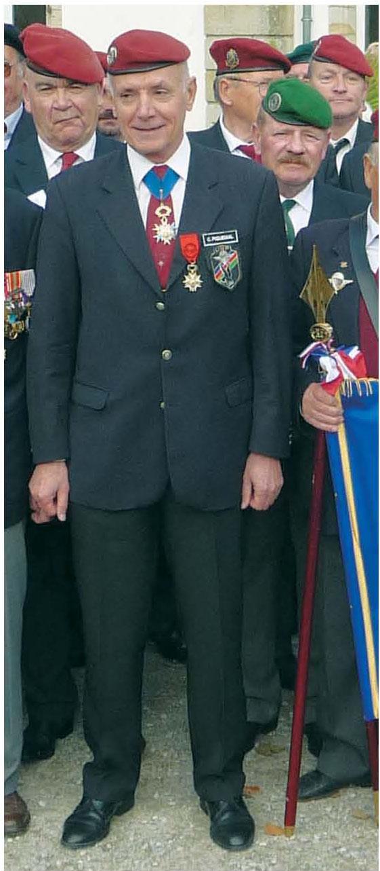 Le général Christian Piquemal, président de l'Union Nationale des Parachutistes et la Préparation Militaire Parachutiste Pmp_pi13